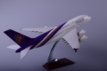 Airbus A380 Thai Airways International  модель самолета